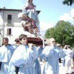 La Madonna in processione - Vallemare di Borbona 2010